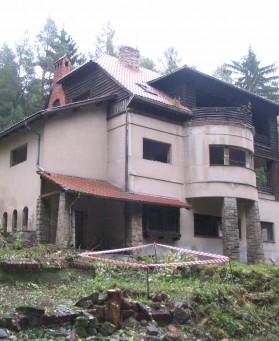Demolice domu